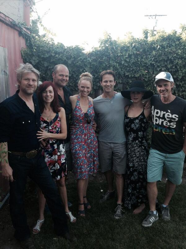 Hanging with .@AnnaPaquin @_smoyer @LaurenEBowles @Carrie_Preston @Todd_Lowe @realchrisbauer http://t.co/VYFzyECJaO
