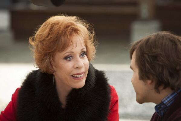I'm loving the Auntie Mame-ness of Carol Burnett's character in @SSD_TV on @hallmarkchannel #POstables http://t.co/cJZfzYSmG4