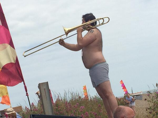 """#musicircus All in a day's work for a @BrittenPears trombonist! """" blackjake1: the sights of music circus! http://t.co/Z7S13SSt2k"""""""