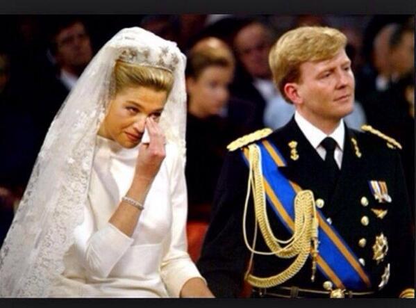 Dear queen Maxima, we really, really reeeeeaaaaaaally love you. But......hmmm.....YOU'RE NEXT!!!!! http://t.co/BTMTiKpcar