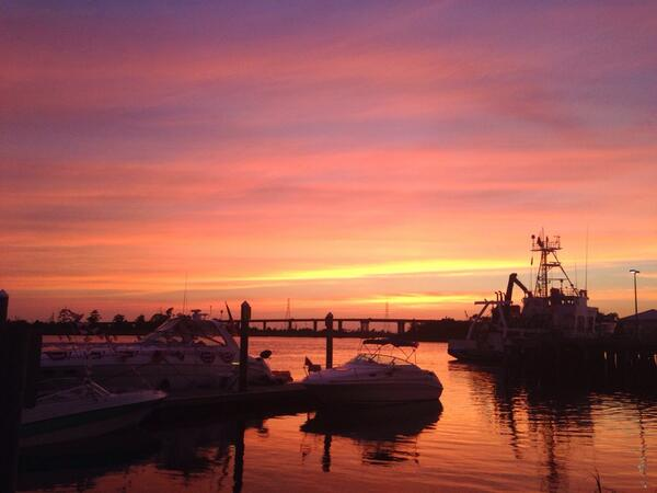 #ilm #wilmington #wilmingtonnc #capefear #sunset #jasonblumenthalphotography #jasonblumenthal #happysaturday