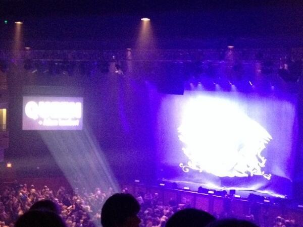 Showtime :) http://t.co/mjgxWbVAiQ