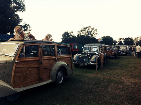 Historic #car display in main ring at 1:10pm - a spectacular collection #sgf2014 http://t.co/rHOBdDv9w9