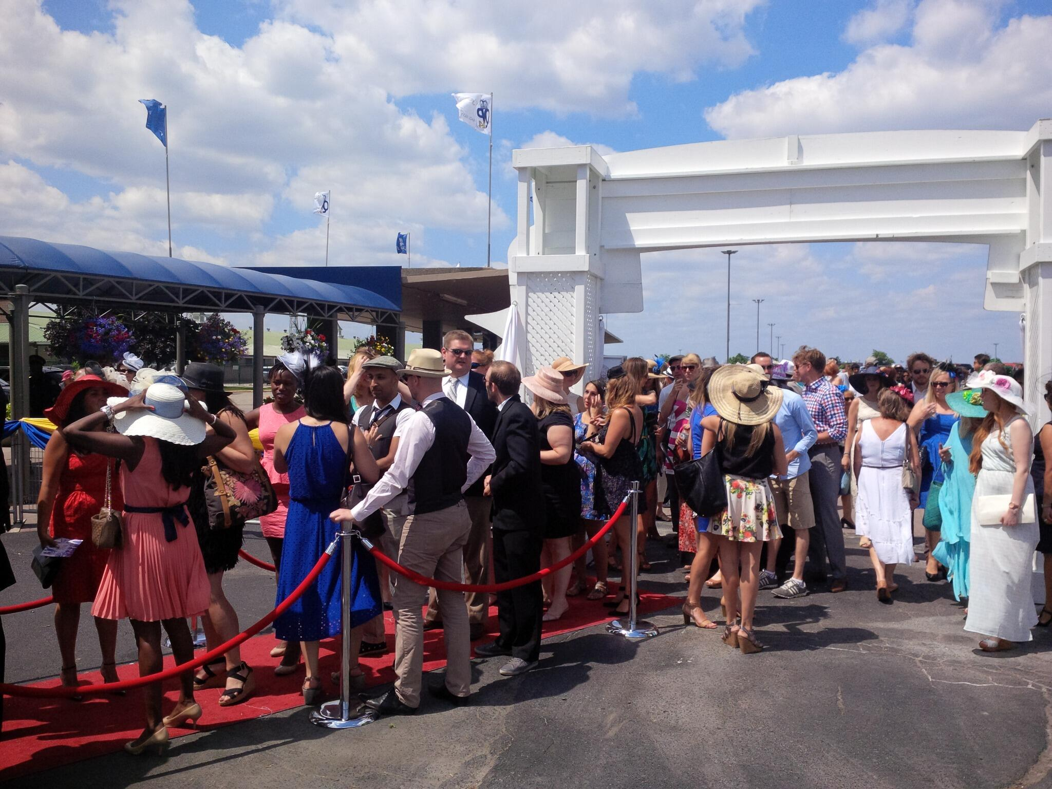 Twitter / WoodbineRacing: They are lining up for the ...