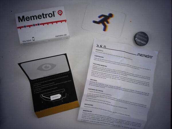 Igual que al MWC els regalen T10s, a #aacc_bcn la gent de @redMEMETRO ens ha regalat un Memetrol als assistents http://t.co/UgzKQMFDMb