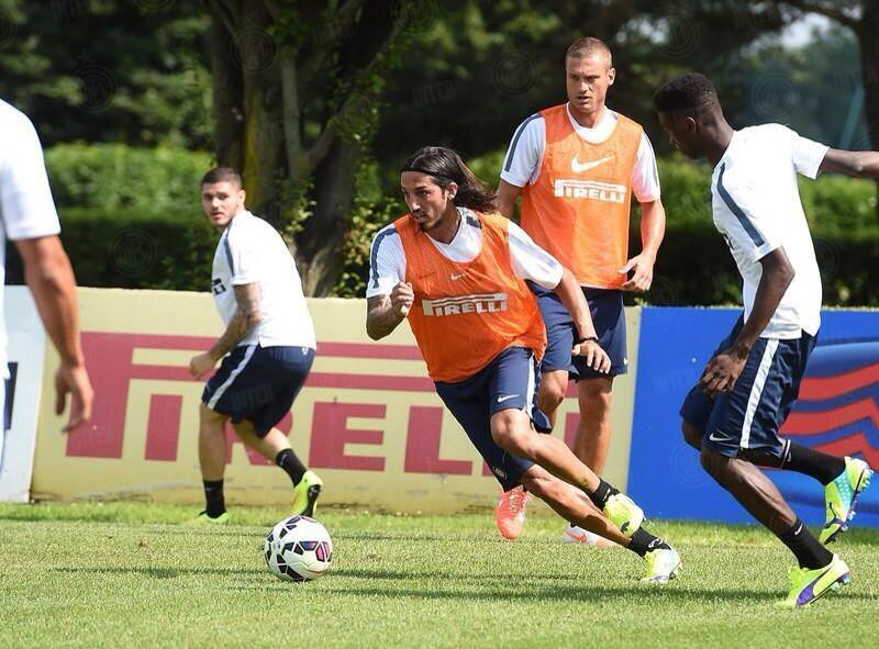 Schelotto's agent to meet Inter, wants Southampton