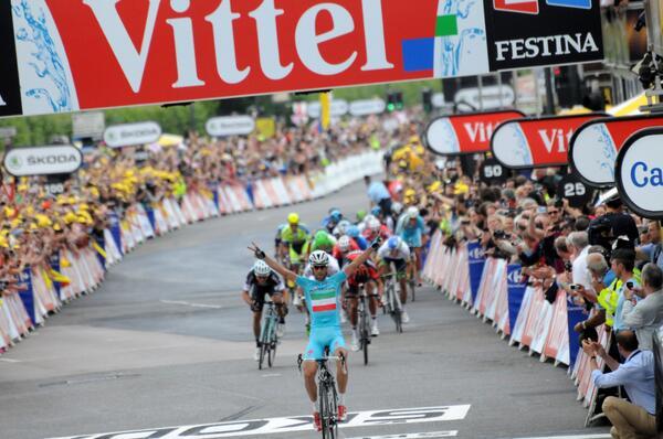 Tour de France 2014 Br4gKLlCIAAkf0M