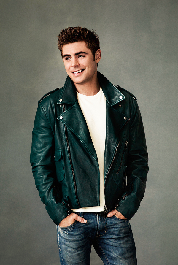 Zac Efron Naked Photoshoot 96