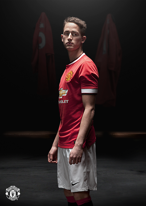 OFFICIAL! Manchester United release images of players in new Chevrolet home kit [Pictures]
