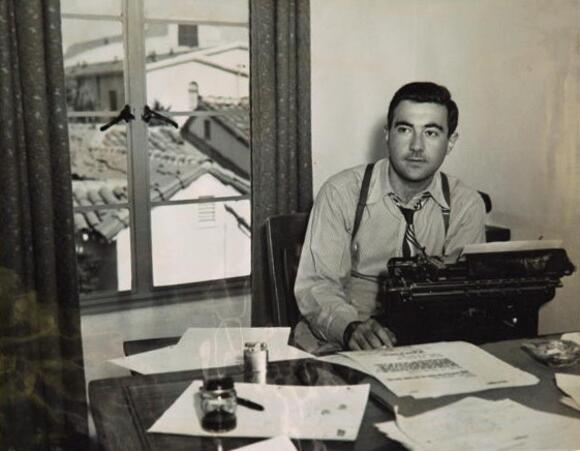 Somerset Maugham at his typewriter.  Image from Jon Winokur's