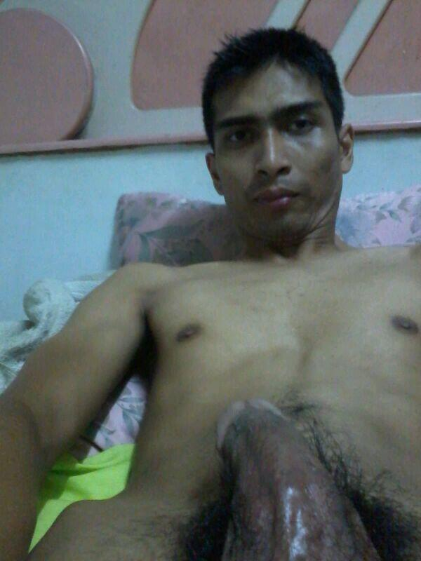 Malay naked girl take a picture