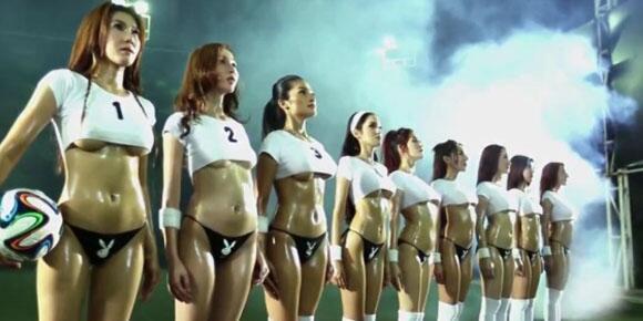 Image result for sepak bola seksi girl