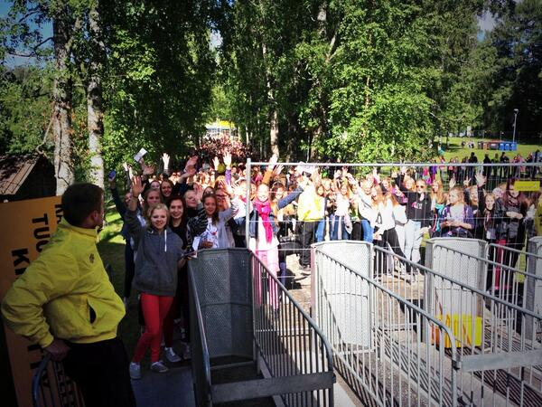 My dad took a pic! Check that line. Today will be crazy in Finland! #seinäjoki #provinssi http://t.co/dIVuiRWtwz