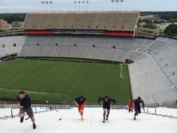 It's 630 AM..where is your competition? Trying to honor JordanHare, Pat Dye Field runnin stadiums. @AuburnMBB http://t.co/dtaQwGW0SP