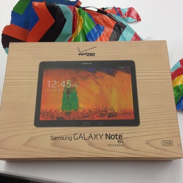 Twitter / ThriftyJinxy: Wow! It's the #samsung Galaxy ...