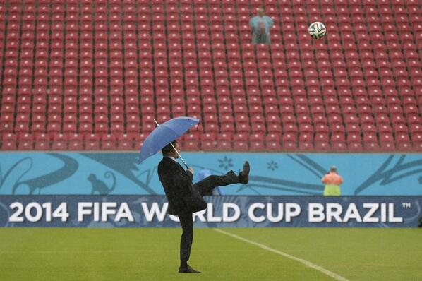 This is a member of FIFA testing the pitch, not John Cleese. http://t.co/LN5uOE3nXv http://t.co/VIEwSnDhBx