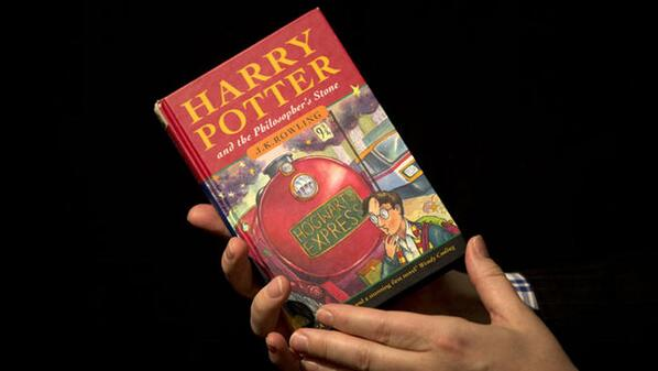 On this day, 1997. The first Harry Potter book was published. It looked like this. #OnThisDay http://t.co/sgRKYWtw2k http://t.co/jO15Ei5sxN