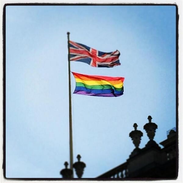 We're proud to fly the rainbow flag over Cabinet Office again to mark @LondonLGBTPride this weekend #PrideinLondon http://t.co/1dTquDjSVv