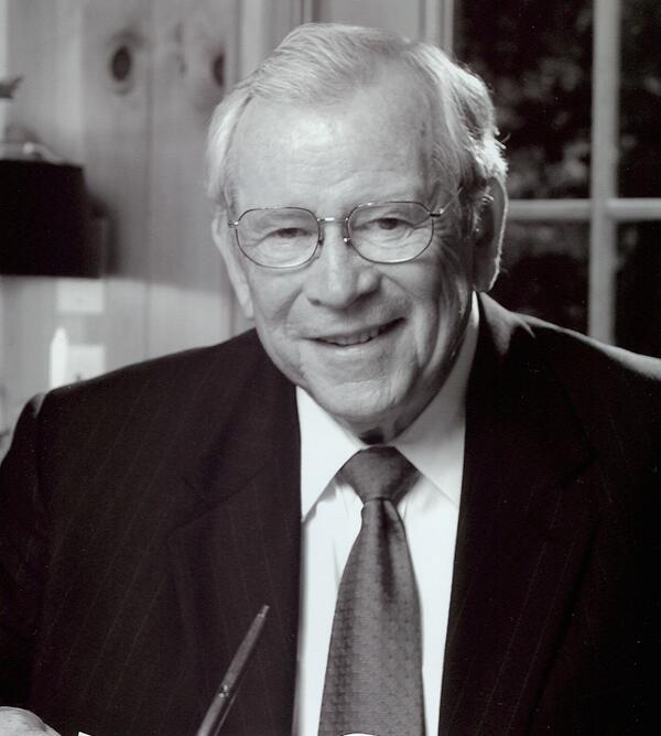 Tennessee has lost one of her legends today. Senator Howard Baker will be deeply missed. http://t.co/kSO5qzpt8R