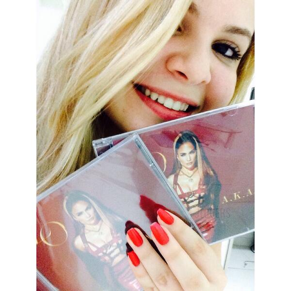 @JLo mama i got 2 copies!!