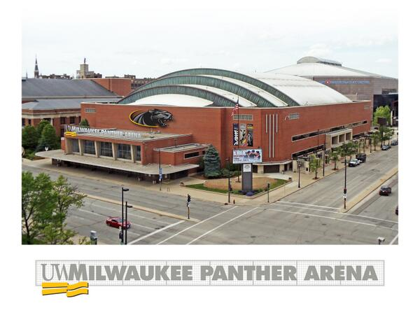 The new name in town: UW-Milwaukee Panther Arena. #UWM signs 10-year deal renaming former U.S. Cellular Arena. http://t.co/POTACZpkdx