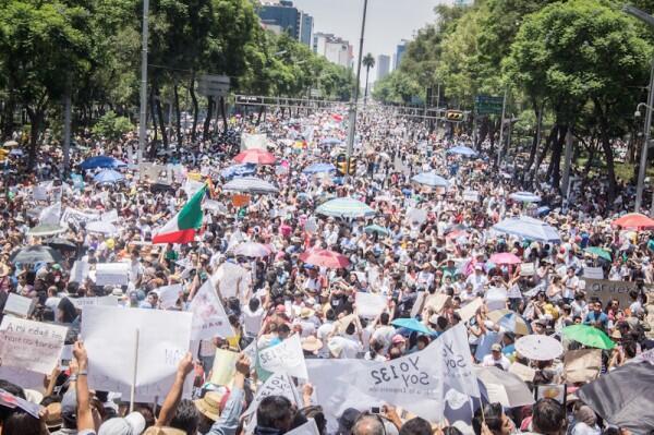 A 10 años de la #marcha 'Rescatemos México' sigue la violencia en el país   http://t.co/dEkiptN8sj  http://t.co/CtNm1CbAFy