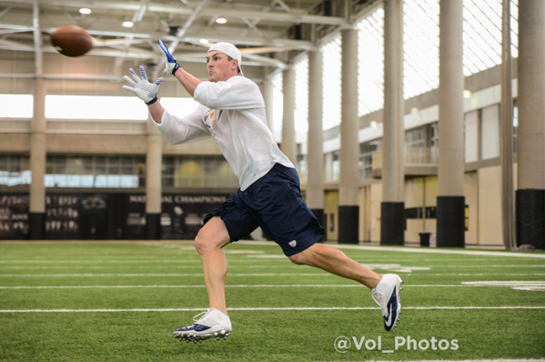 . @JasonWitten was in town today working with our Tight Ends.  #VFL http://t.co/H77fSkD7P7