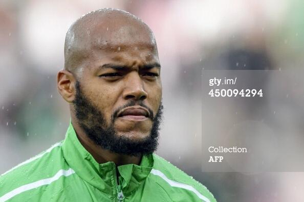 Судя по всему вратарь сборной Алжира резидент Black Star ;) http://t.co/GtgqsXzdCj