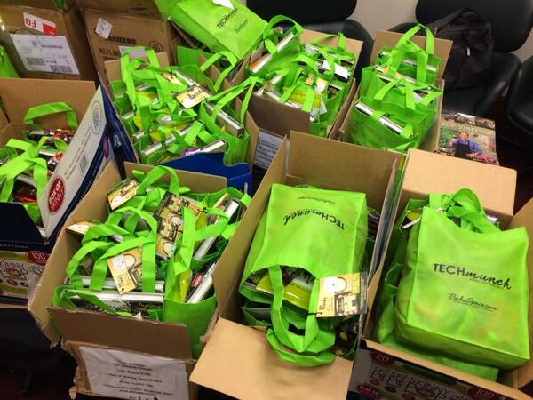 #techmunch #chicago gift bags are done. Thanks @wc_chicago! http://t.co/CKs3SFSU41