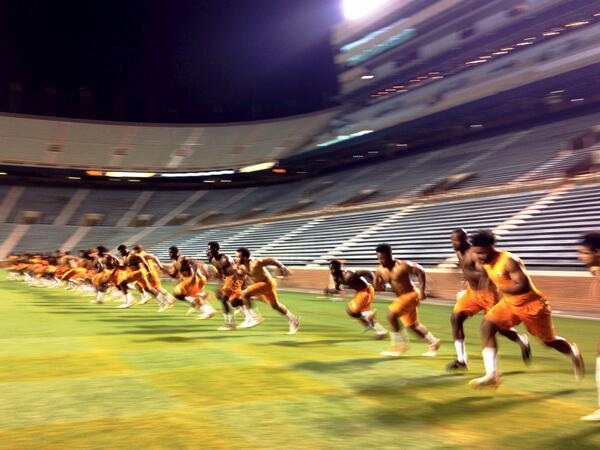 While they sleep, we grind. #RiseToTheTop http://t.co/d988x4iU5a