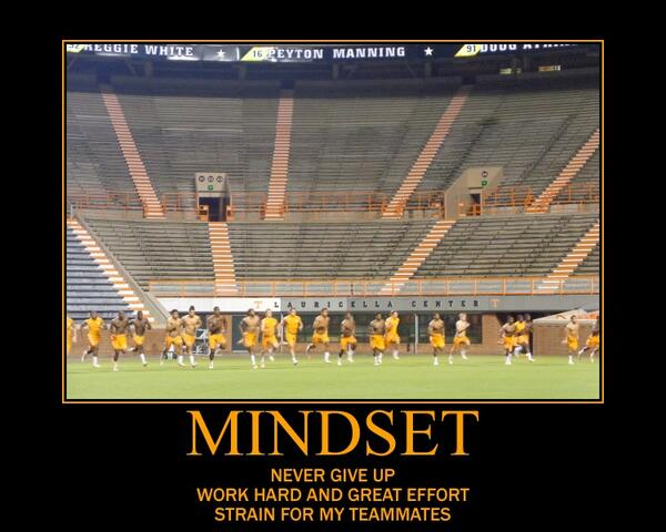 Phase 2 of today completed...Team 118 bonding closer each and everyday. #Mindset  #GBO  #Work  #Strain  #Vols  #Team http://t.co/3MSpvV1RPx