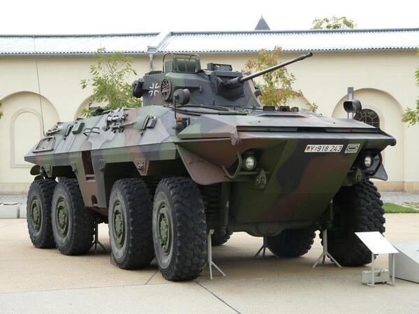 OT-64装甲兵員輸送車