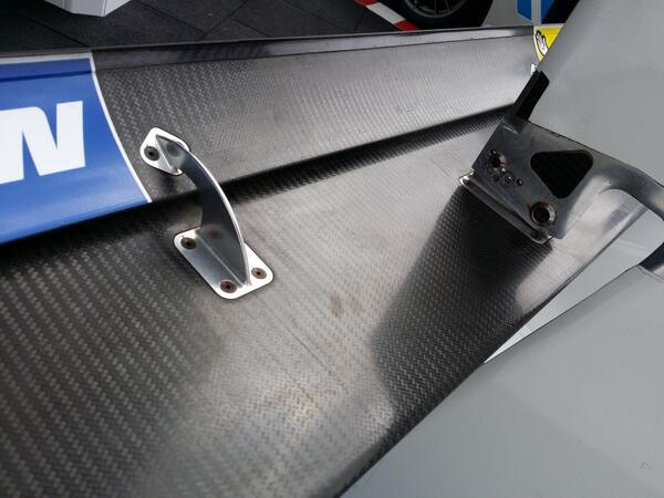 Slot gap wing