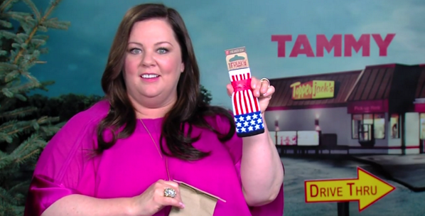 Melissa McCarthy gets super freaked via @MichelleLiTV ! Thanks for the lovings, ladies!  https://t.co/FqNYmV2jAQ http://t.co/FW4zih5wZ1