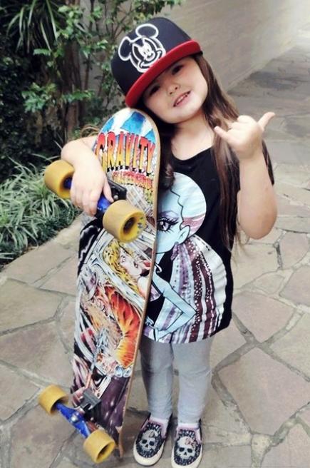 Menuda skateboard más mona! http://t.co/vyms8EqfQs