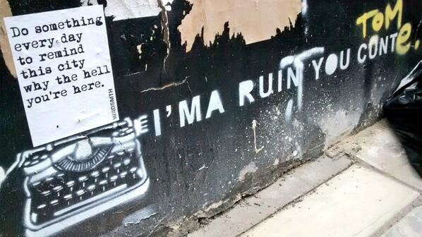 I like my #streetart a little sweary @fotorutaba #london http://t.co/MBYIj0hwpG