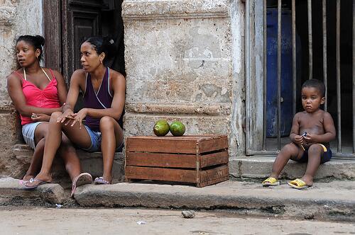 La Cuba 'cruda' de Yusnaby BrL34OMCcAANwsR