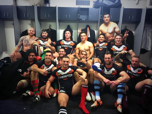 How good's a win! RT if you're happy with that gutsy performance! #supportyourclub http://t.co/bz92Cq7chA