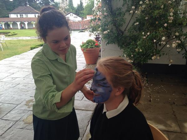 ogilvie girls John ogilvie high school is a 6-year comprehensive dedicated to the academic and spiritual development of all our pupils.