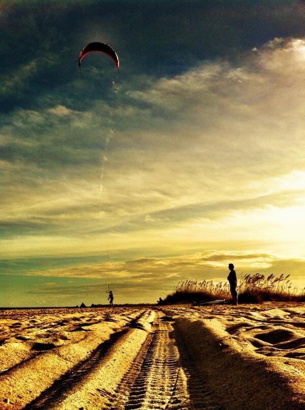 #ilm #wilminton #wilmingtonnc #kitesurfer #beach #ocean #northcarolina #jasonblumenthal #jasonblumenthalphotography