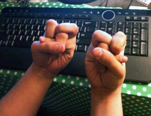 Every hand in Brazil right now. #BrazilVsChile #Brasil http://t.co/20EpxCnr4F