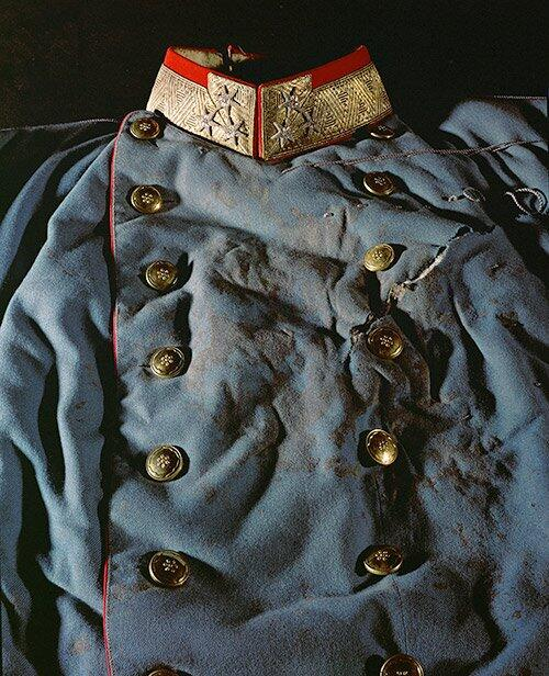 The blood-soaked uniform Archduke Franz Ferdinand was wearing when he was assassinated in on this day in 1914 http://t.co/568WjFqu11