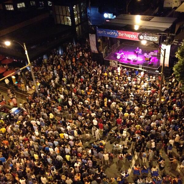 Nice view from above East and Alexander @Soulive http://t.co/COISmPAFjI