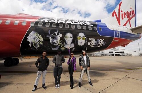 @iamwill The time your faces were on a plane ;)... @apldeap @fergie @tabbep ❤️ #Australia http://t.co/a7BWGlgRln