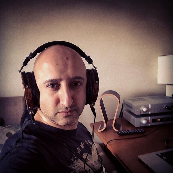 wearing @Audeze LCD-3 headphones - w/ @AURALiCLtd #Taurus mkII amp, #Vega DAC, Sieveking Omega stand #WHFsystems http://t.co/pFHT09shd3