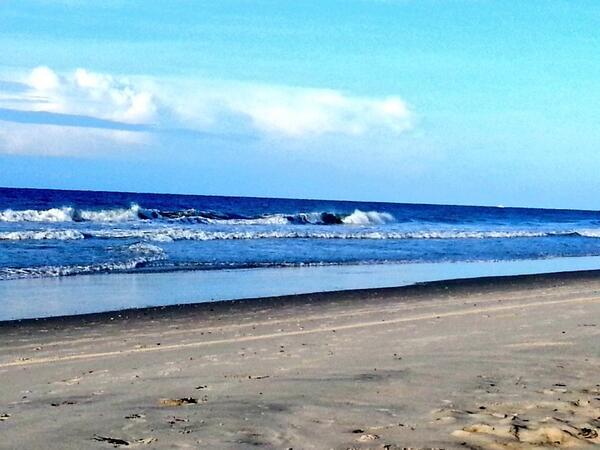 Morning Prayer on the beach. @GoodShepherdEC #Episcopal #socialmediaSunday http://t.co/9cWSpj2cnh