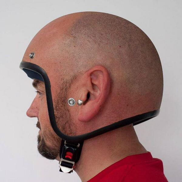 The coolest of helmets. http://t.co/5jUq0hkU59