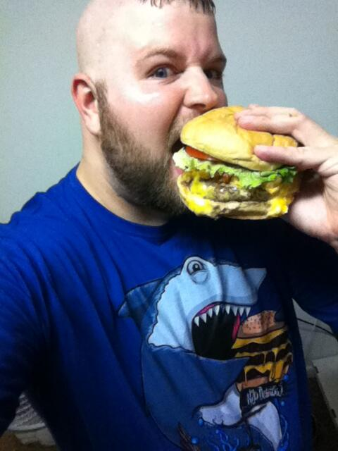 Ryan hunt on twitter quot h2odelirious look at this guy eating a