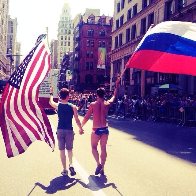 американские картинки про русских счастливых родителей нет