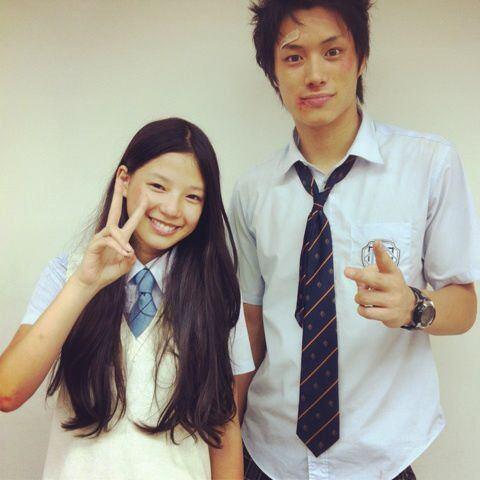 石井杏奈さんとは、ドラマ「GTO」での共演がきっかけで交際しているのではないという噂がありました。 しかし、これもあくまでも噂止まりだそうです。